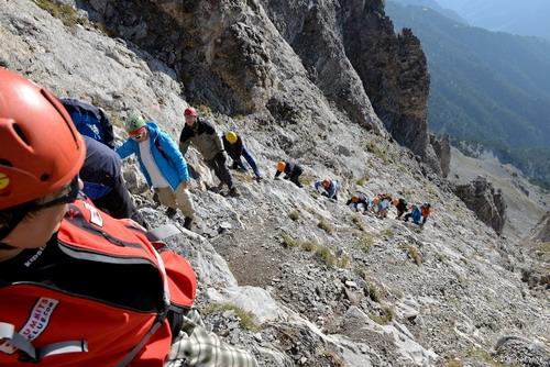10. Climbing the Mytikas couloir._resize
